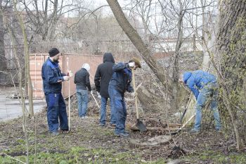 """On April 23 on the JSC """"NPO СKTI"""" territory was held a subbotnik on landscaping and cleaning of office premises"""